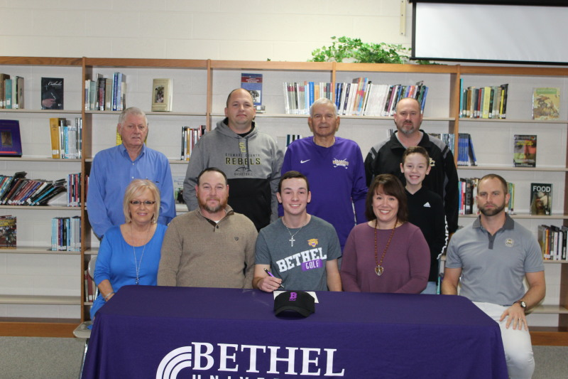 Atkins Signs to Play Golf at Bethel